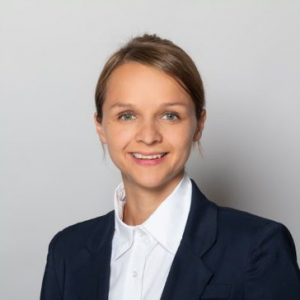 Julia Gattringer, IKARUS HR-Business Partner